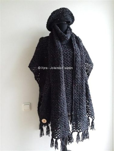 PATR0979 - Poncho , shawl and hat