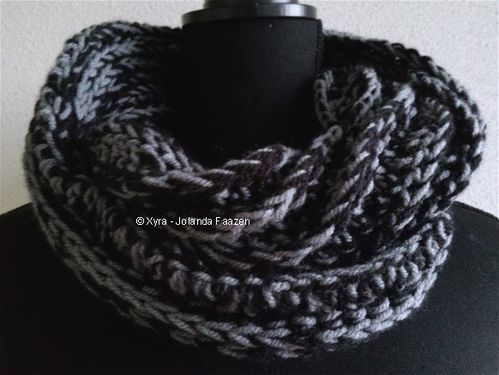 PATR0997 - Tough cowl / scarf with ridges