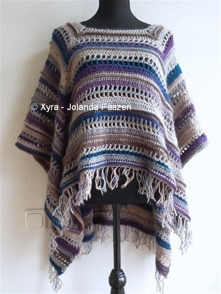 Patr1033 Rectangular Poncho With Long Back Xyra Creaties