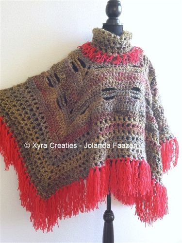 PATR1045 - Poncho square with cowl